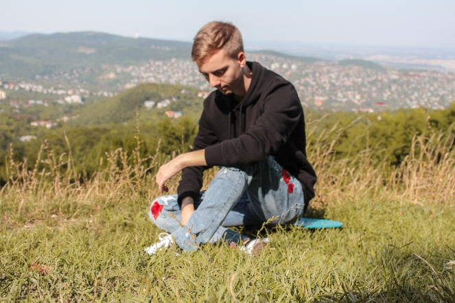bts - hike with a penny board balazs zsalek.3