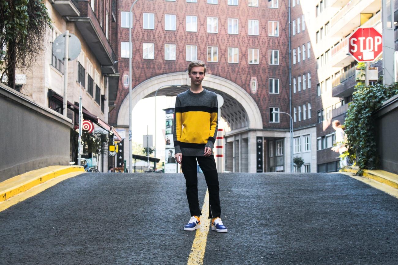 balazs-zsalek-90-yellow-and-grey-vibes.9