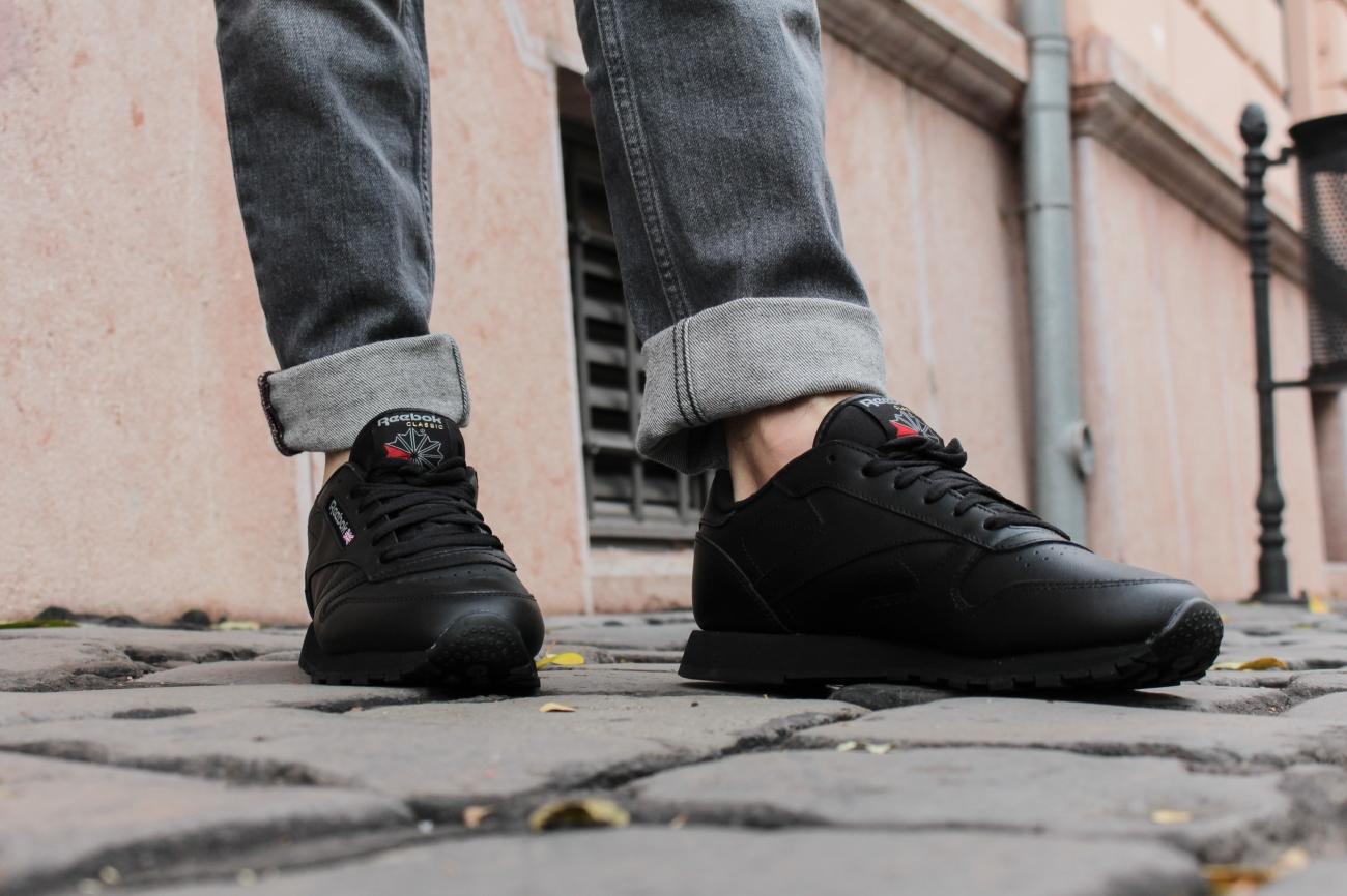 balazs-zsalek-brown-bomber-oversized-jeans.9