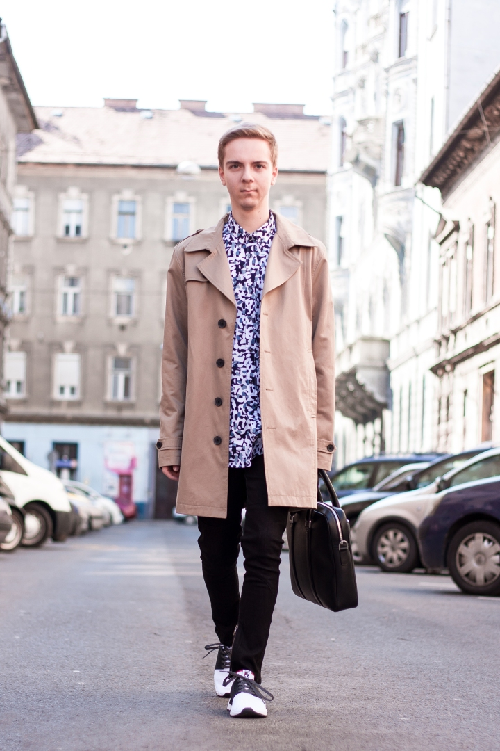 Trench Coat and Hugo Boss Bag for a CasualDay