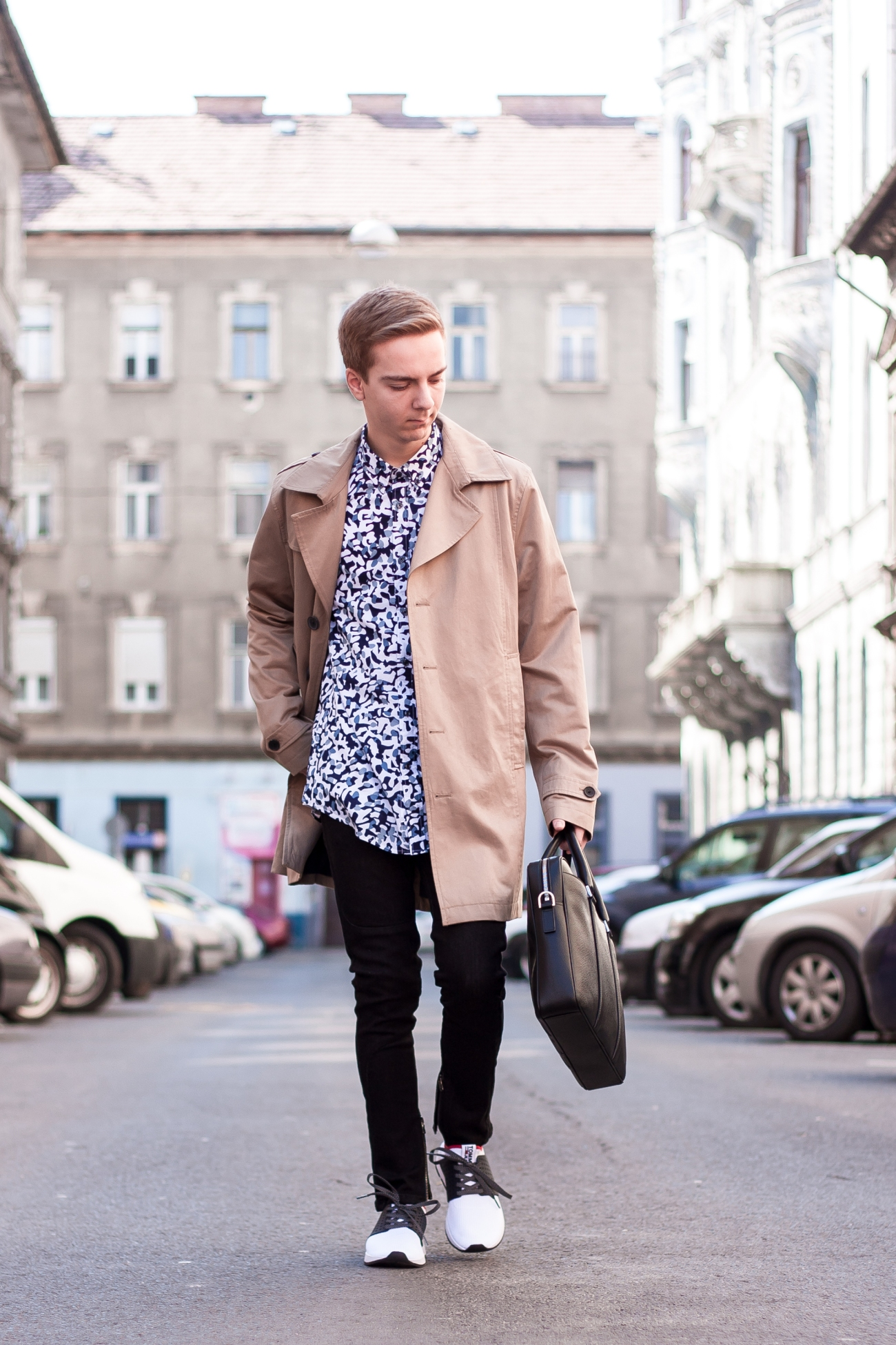 Trench Coat and Hugo Boss Bag for a Casual Day | Balazs Zsalek
